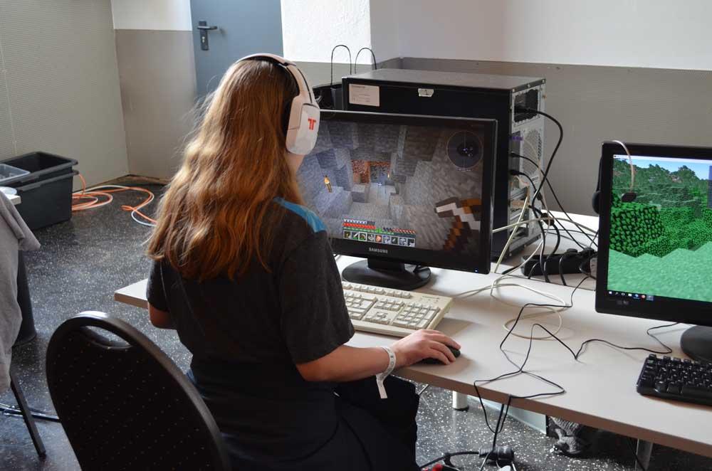 Minecraft Spieler von Andi Jennewein